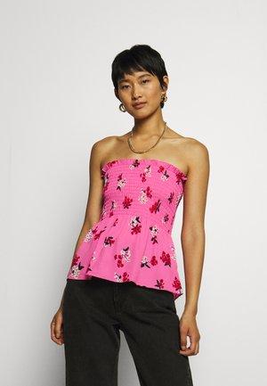 SMOCKED STRAPLESS - Blusa - blossom pink