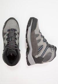 Hi-Tec - BANDERA LITE MID WP - Chaussures de marche - charcoal/grey/goblin blue - 1