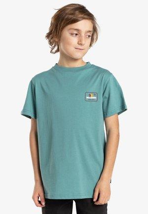 WALLED  - T-shirt imprimé - light marine