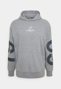 GAP - Sweatshirt - med heather grey - 4