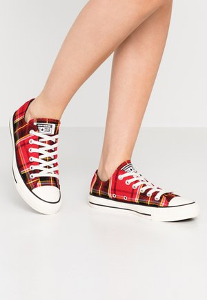 CHUCK TAYLOR ALL STAR - Baskets basses - university red/black/egret