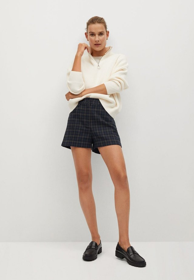 MAE-I - Shorts - braun