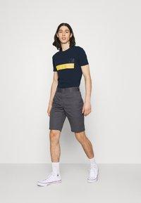 Antony Morato - SLIM FIT - Print T-shirt - avio blu - 1