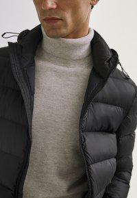 Massimo Dutti - Vinterjakker - black - 2