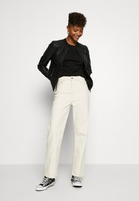 Miss Selfridge - TEE 2 PACK - T-shirts - black/white - 1