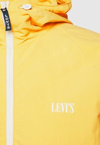 Levi's® - MARINA WINDBREAKER - Windbreaker - dusky citron - 2