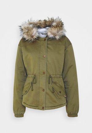 Zimní bunda - olive