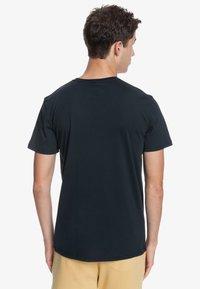 Quiksilver - WIDER MILE - Print T-shirt - black - 2