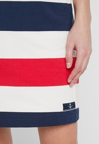 Sea Ranch - ANJELICA - Minihame - navy/pearl/true red - 5
