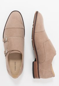 Pier One - Business loafers - beige - 1