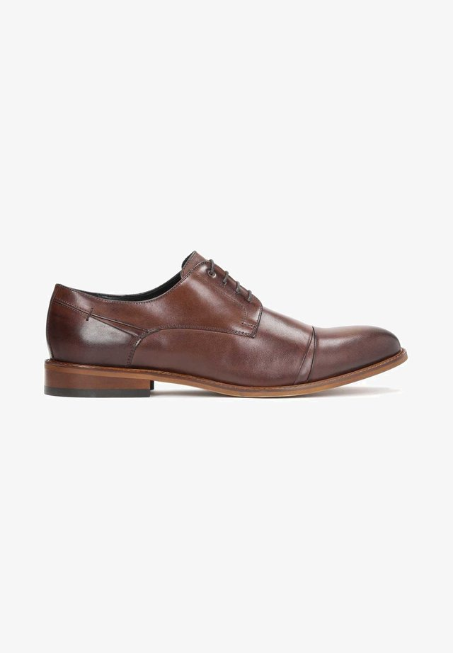 BATISTA - Business sko - brown