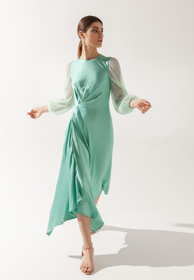 Vestito estivo - turquoisa