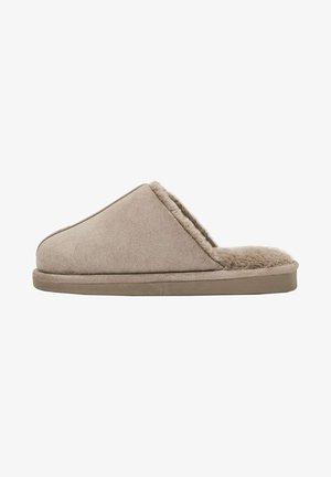 Pantofole - brown