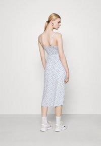 Hollister Co. - MIDI DRESS - Shift dress - white - 2