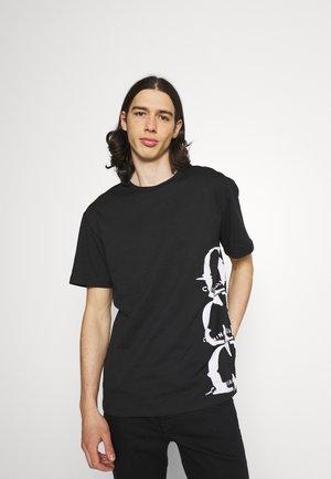 LIQUIFY TEE - T-shirt imprimé - black
