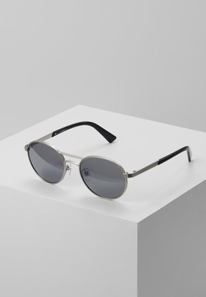 DL02655217C - Sunglasses - smoke