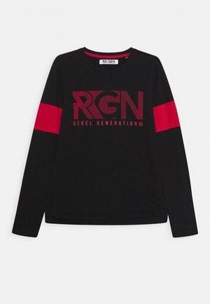 Langærmede T-shirts - black