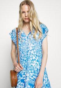 InWear - FLORIZZAI SHORT DRESS - Denní šaty - light blue - 5
