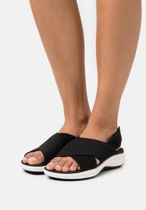 MIRA SAND - Sandalias con plataforma - black