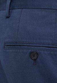 HUGO - GERALD - Chinot - dark blue - 4