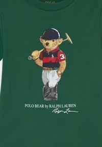 Polo Ralph Lauren - T-shirt con stampa - stuart green - 2