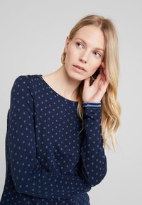 edc by Esprit - DOUBLE - Long sleeved top - navy - 3