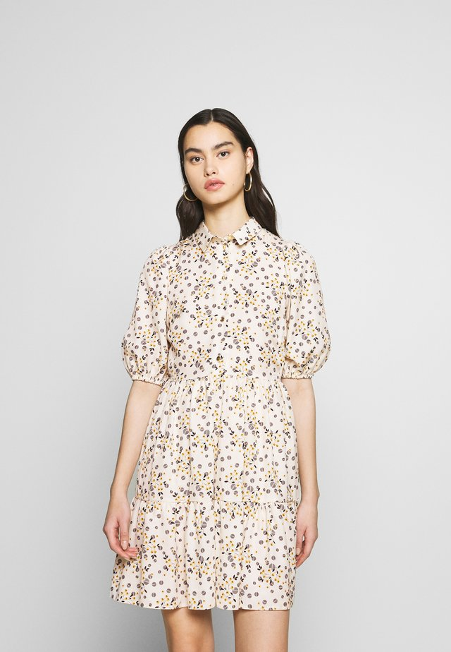 CLOSET GATHERED SHIRT DRESS - Shirt dress - beige