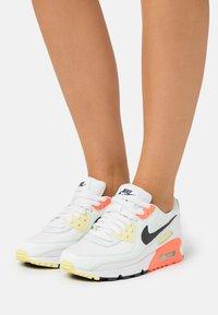 Nike Sportswear - AIR MAX 90 - Trainers - summit white/dark smoke grey/barely green - 6