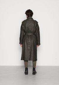 Diesel - TACCY - Classic coat - black - 3