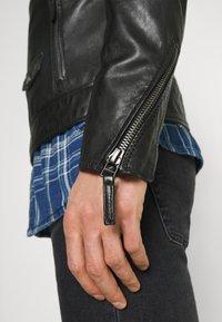 Oakwood - SOLDIER - Leather jacket - black - 6