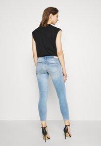 ONLY - ONLCORAL DESTROY  - Jeans Skinny Fit - light-blue denim - 2