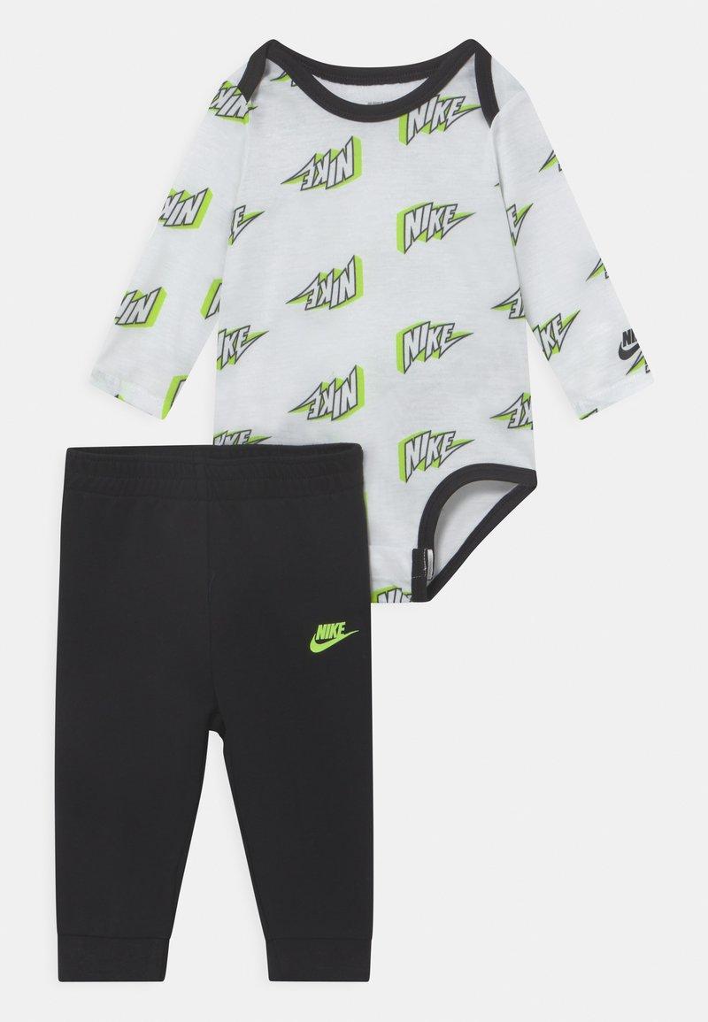 Nike Sportswear - SET UNISEX - Broek - black