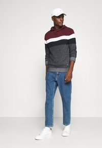 Jack & Jones - JJWESLEY  - Jersey con capucha - port royale - 1
