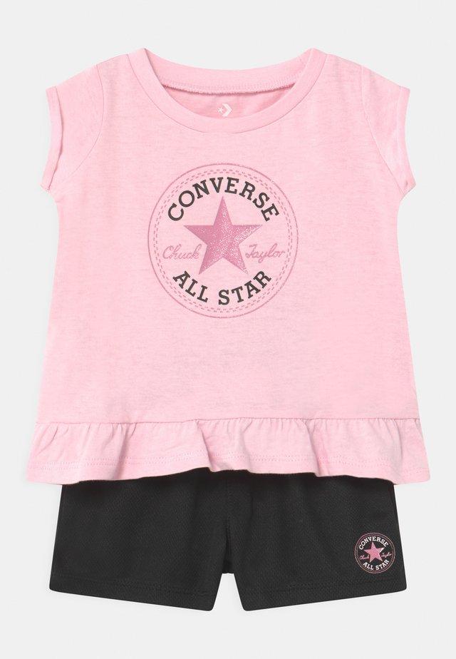 CHUCK PATCH SET - T-shirt print - pink foam