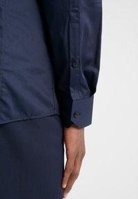 HUGO - ELISHA EXTRA SLIM FIT - Camicia elegante - navy - 3