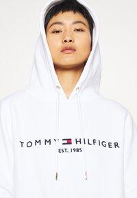 Tommy Hilfiger - HOODIE - Hoodie - white - 4