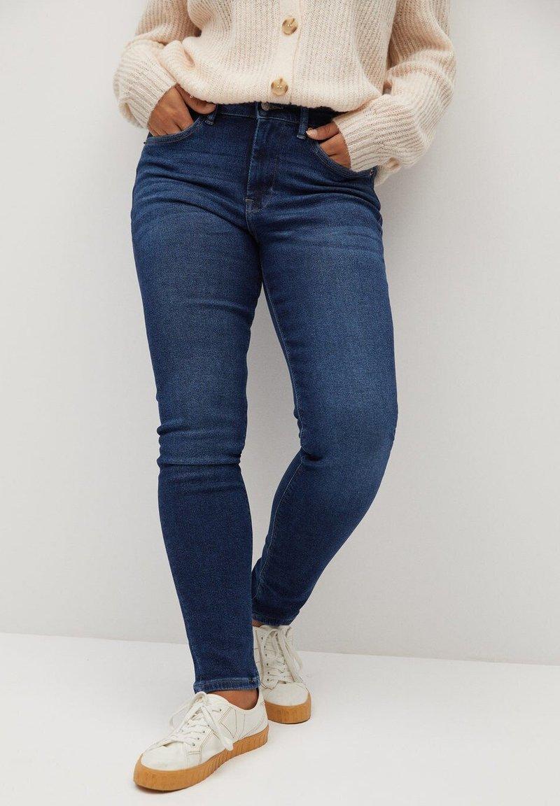 Violeta by Mango - SOFIA - Jeans Skinny Fit - dunkelblau