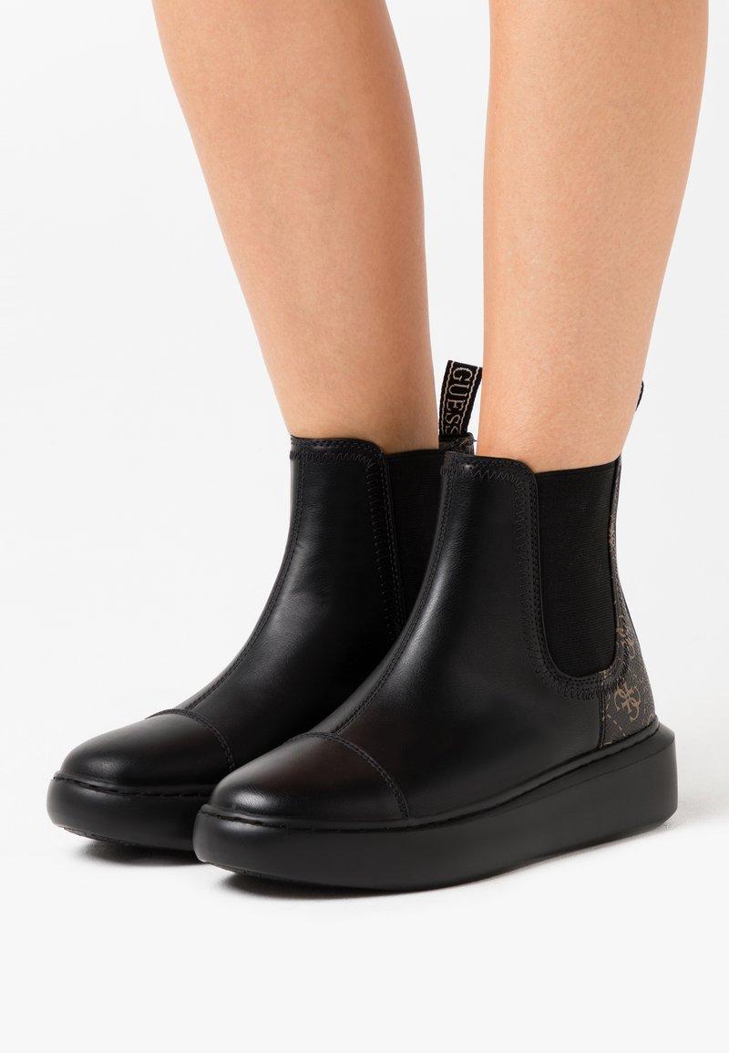 Guess - BECKLY - Korte laarzen - black