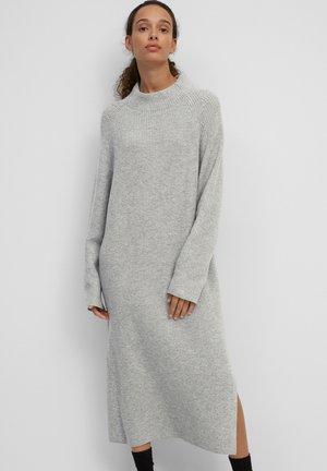 Jumper dress - stone
