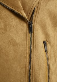 Vila - VIFADDY JACKET - Faux leather jacket - butternut - 2