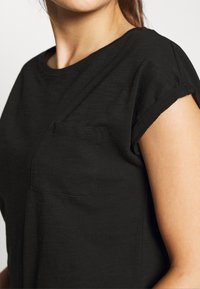 New Look Petite - 2 PACK - Basic T-shirt - black - 5