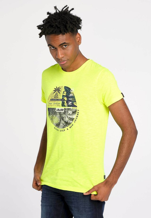 RAIN FOREST  - T-shirt print - yellow