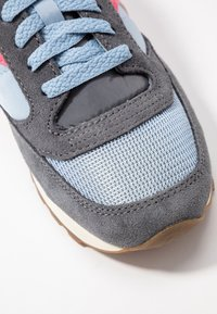 Saucony - JAZZ VINTAGE - Trainers - charcoal/blue fog/orange - 2