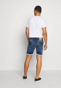 Jack & Jones - JJIRICK JJICON - Shorts vaqueros - blue denim - 2