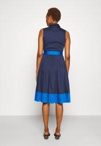 kate spade new york - POPLIN COLORBLOCK DRESS - Shift dress - squid ink - 2