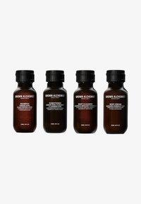Grown Alchemist - TRAVEL KIT ESSENTIALS - Set pour le bain et le corps - - - 0