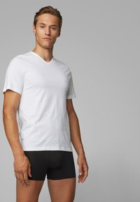 BOSS - 3 PACK - Unterhemd/-shirt - white - 0