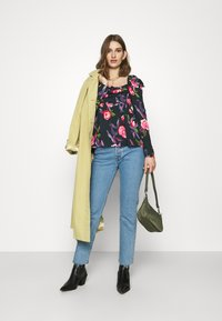 Who What Wear - EMPIRE RUCHED - Blouse - roses - 1