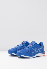 ASICS - GEL-CUMULUS 20 - Neutral running shoes - imperial/silver - 2