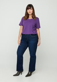 Zizzi - T-shirt basic - purple - 1